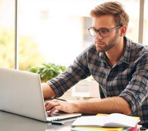 Jakie cechy powinny posiadać okulary do komputera?